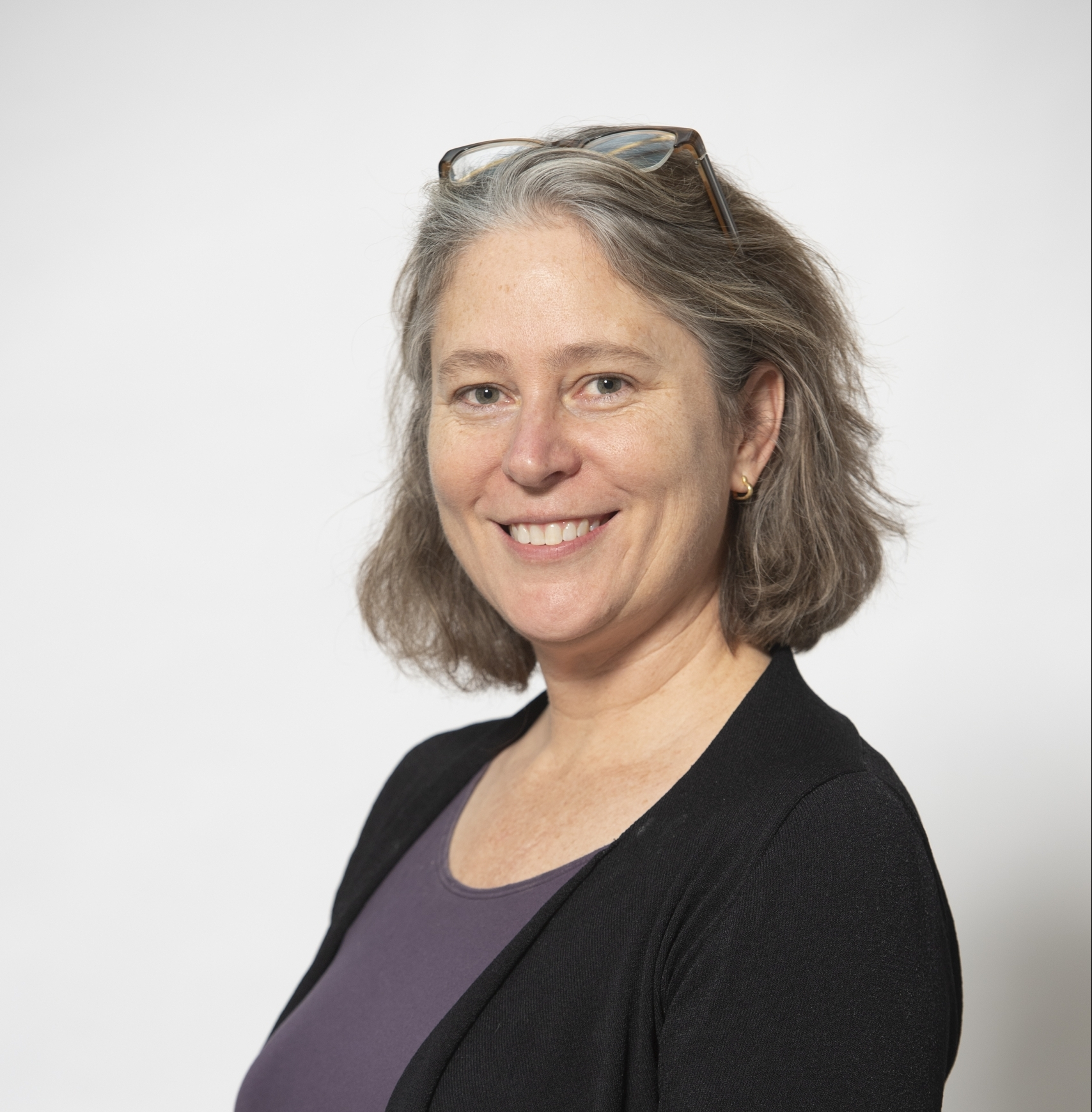 Kristin Komives