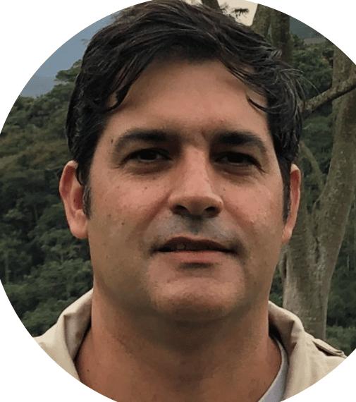 Cassio Franco Moreira